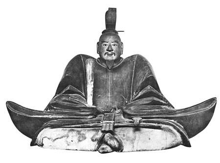 等持院霊光殿に安置されている足利義昭坐像/wikipediaより