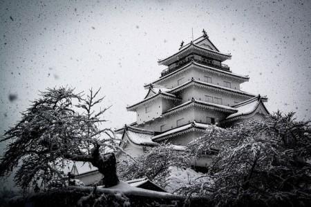 鶴ケ城photo by L'oeil étranger@flicker