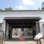 歴史おじ散歩旧黒田藩蔵屋敷長屋門